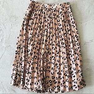 A New Day pleated leopard print skirt